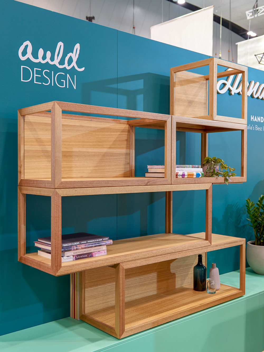 Cubis shelf system at Denfair - One of many possible configurations